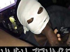 nuomininkas slepia veidą išlaikyti savo gatvės cred