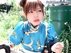 street fighter chun li cosplay blowjob