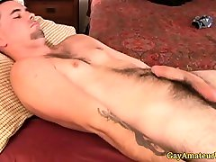 Straight jock close up on indan sexy video mom table