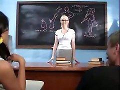 troje anal - dolge nohte