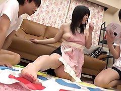素晴ら日本slut詩織黒崎千晴ファン待望のシリーズthreesomes、大学JAVビデオ