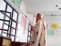 Desi head master fuck urdu teacher school affair caught mms