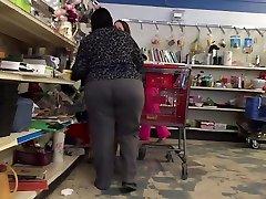 Mature Wide Hips Big Ass GILF
