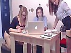 Schoolgirls Masturbating On Webcams