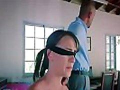 submissived predstavlja skrivnostni paket z alex moore porno posnetek-01