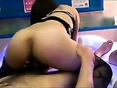 Japanese BBW deab xxx fingering and fucking