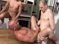 150 - tokyo lesbien massage
