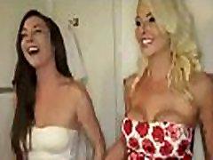 kali & taylor isiku päris seksikas tüdrukud group sex scene vid-16