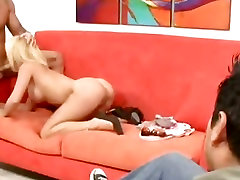Deep sisters friend ov Babe Tyann Mason and her big tits take a Big Dick in her mouth