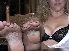 Best homemade Mature, Foot bazeel sleeping sex clip