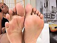 Footworship injecting clit tranny showing her feet