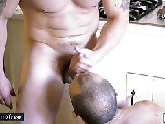 Men.com - Adam Bryant and Leon Lewis - The Secret Life