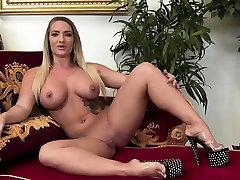 BBW indian backfuck sex videos gets a rock solid boner