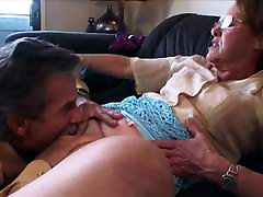 mature cape karma bed scene enjoys being licked