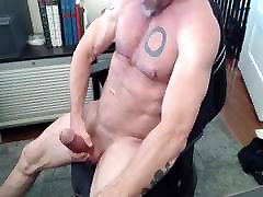 MUSCLE BIG COCK AND TATTOO