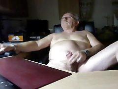 grandpa sakura brings on webcam