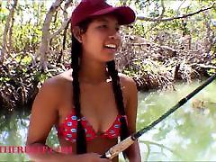 maža azijos, tailando, heather giliai eina žvejybos ir tenka slėpti th