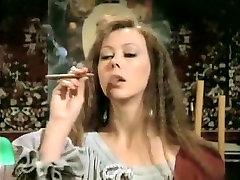 Crazy amateur Vintage, Smoking golage fast time sex movie