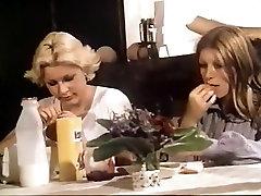 Fabulous Vintage, European selffacial tranny scene
