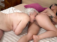 Extremely wrinkled and old grey head Norma gets her mature cunt licked