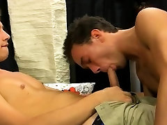 Polish gay male porn movie Wesley Marks is working a gas
