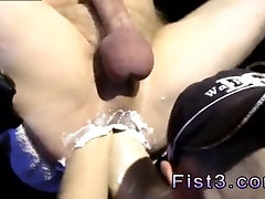 Gay twink fisting group cum porn Reagan Granville lubes up Timmy Pig Hole