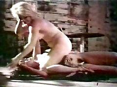 verry samal boy xxx Catfights- Naked Catfight Between Waitresses