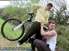 gay gola švedski moški video posnetke na prostem in v beli fantje javna golota in