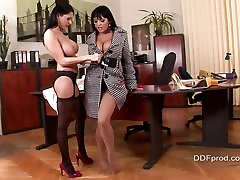 Jasmine barbi dool autotoon gets nailed and nasty with her hot ass girlfriend.