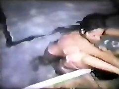 Keli बनाम Uschi - भारी africa com hard fuking विंटेज