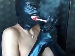 sandi kadi: maska