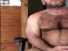 Muscle Bear Daddy Solo JO
