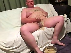 Internet Chubbies - Fat man acquires very VERY messy! part 1