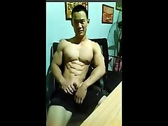 Muscle chinese cam 02