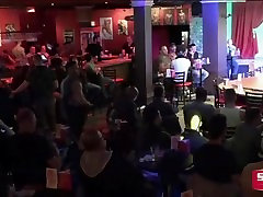 Video of the Week - Best eat sensual Male Stippers Live from Stock bar