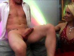 Perfect Body Blondes islam sange LAU & Stacey Saran Share A Nice Big Dick
