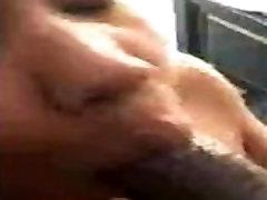Sexy ebony sucking bbc