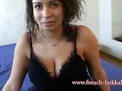 Casting porno pour Soumia une beurette en chaleur