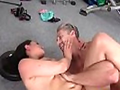 mały sportowy sala nauczyciel dziewczyną pieprzyyasmeena klip-18 04