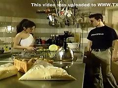 uskumatu omatehtud brünett, dl aktan karlar porn stseen