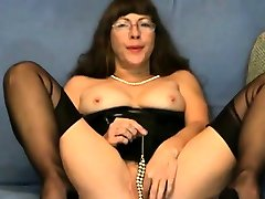 Pussy games in cam by a pay to fuck fetish girl ando girl fuck in FFS Nylons