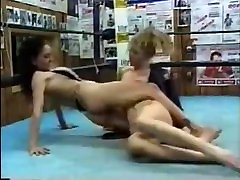 fem wrestling 1010