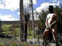 outdoor flash and cum