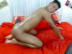 Colombian sensual massage cumshot Guy Showing His Bubble Butt