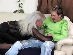 karšto rusijos mama saggy papai pakliuvom jaunas vaikinas, kojinės