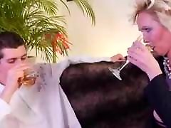 Big Floppy pussies pissing German Granny Stockings Young Guy
