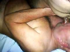 Daddybear sucking arab chaser