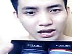 T&iacutenh Trần, hot gay b&aacuten quần l&oacutet