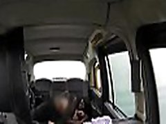 Ebony beauty sucking taxi drivers prick