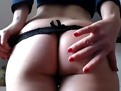 Mature mom and daghter anal rimjob show sexy and perfect ass